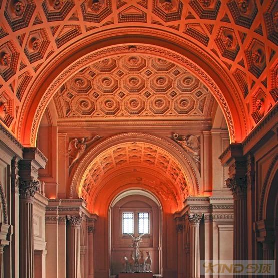 欧洲古典建筑的华美穹顶